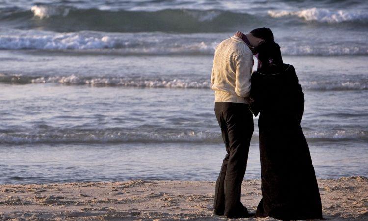 bagaimana hukum menikah siri